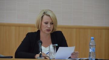 Predsedatel-dumyi-O-B-Sirman-Prochitanskaya
